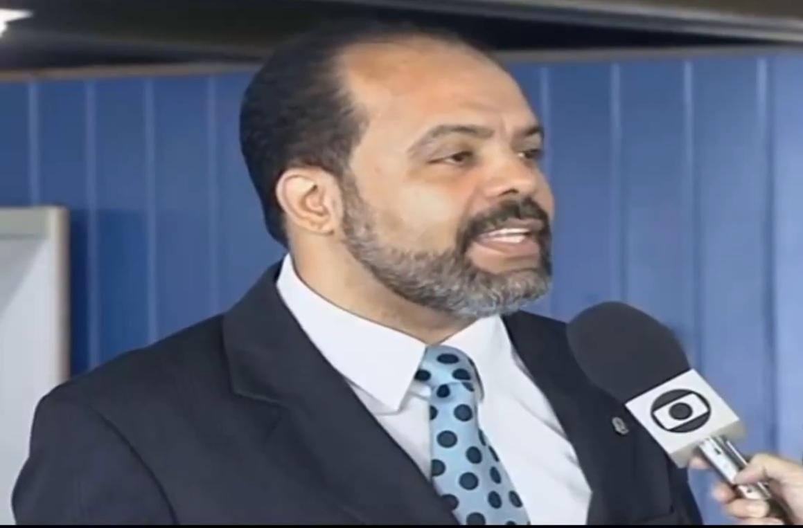 Taurino Araújo, advogado criminalista e escritor